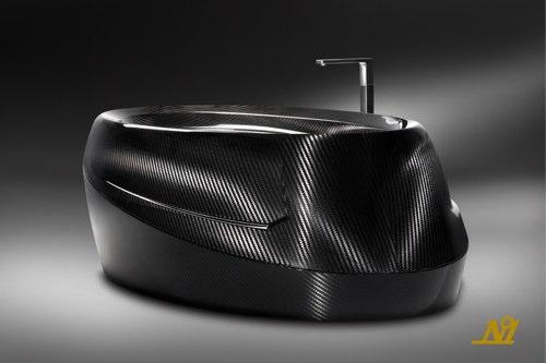 La baignoire en fibre de carbone par Corcel